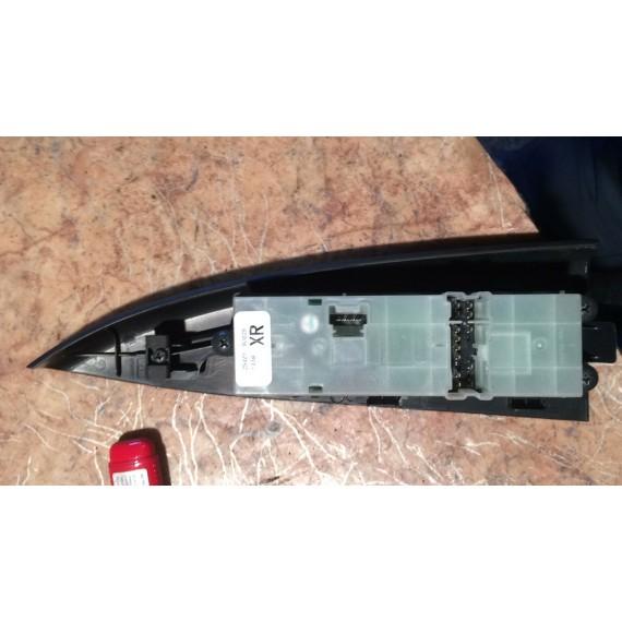 Купить Блок управления стеклоподъемниками для Nissan Note (E11) 2006-2013 в Интернет-магазине