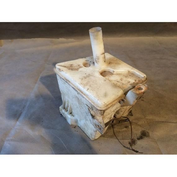 Купить Бачок омывателя лобового стекла для Nissan Almera N16 2000-2006 в Интернет-магазине