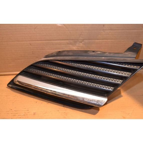 Купить Решетка радиатора левая для Nissan Primera P12E 2002-2007 в Интернет-магазине