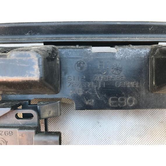 Направляющая заднего бампера BMW E90 E91 купить в Интернет-магазине