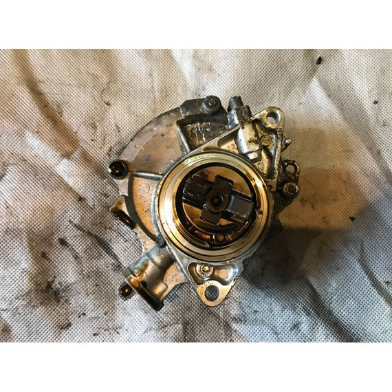 Купить Насос вакуумный Mini 11667556919 в Интернет-магазине