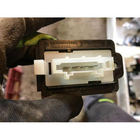 Купить Резистор скоростей Mini 64111499121 в Интернет-магазине