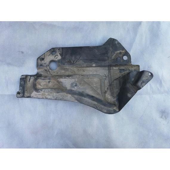 51717116912 Пыльник двигателя BMW E90 E91 купить в Интернет-магазине