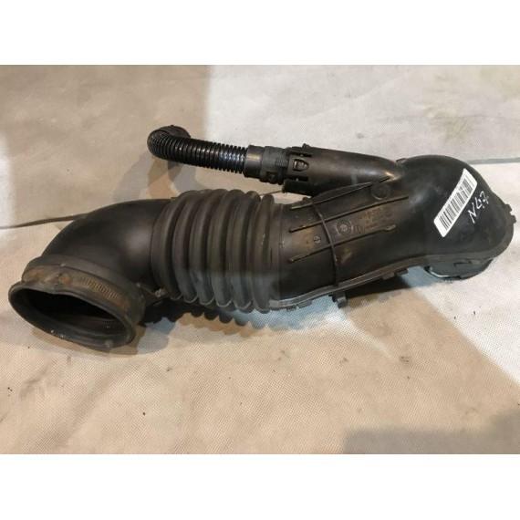 Купить Патрубок воздушного фильтра BMW Е90 13717804846 в Интернет-магазине