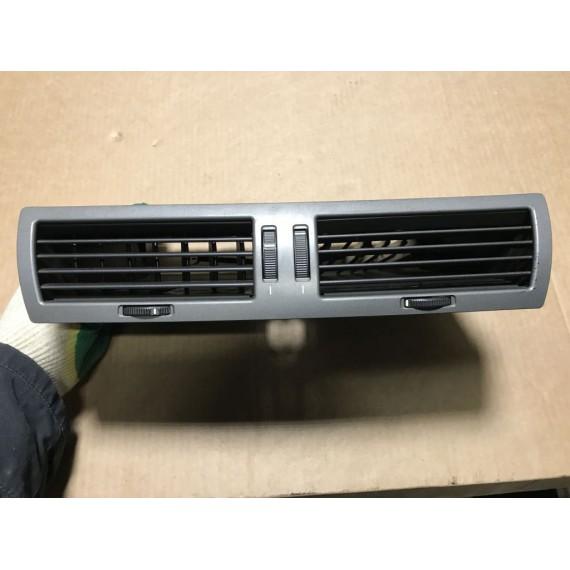 Купить 64228223599 Дефлектор обдува центральный BMW E65 в Интернет-магазине