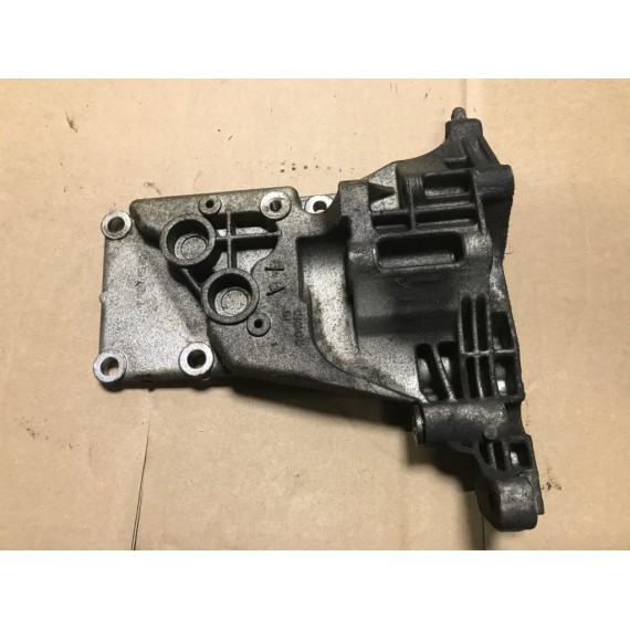 12317533840 Кронштейн генератора BMW E65 N62 купить в Интернет-магазине