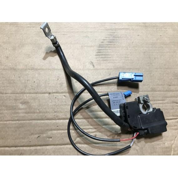 61129164352 Минусовая клемма AKБ BMW 3 Е90 купить в Интернет-магазине