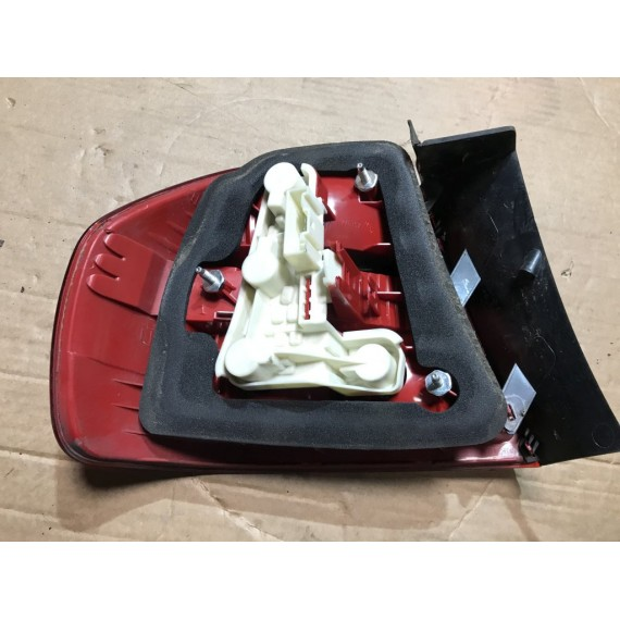 63216937458 Фонарь задний наружный правый BMW Е90 купить в Интернет-магазине