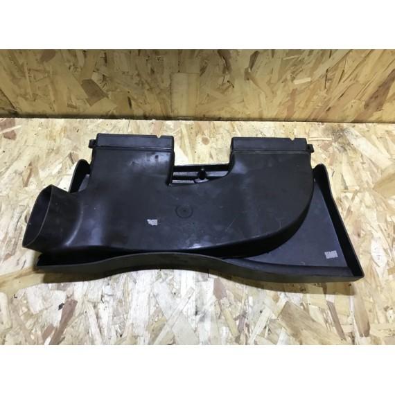 13717798772 Кожух воздухозаборника BMW E90 E84 купить в Интернет-магазине