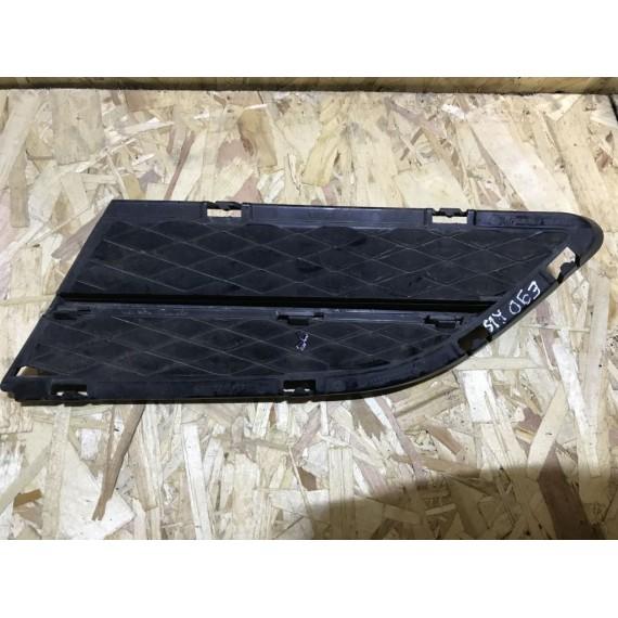 51117138418 Решетка правая BMW E90 E91 LCI купить в Интернет-магазине