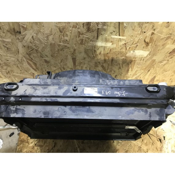 17117795878 Кассета радиаторов в сборе BMW E60 Дизель купить в Интернет-магазине