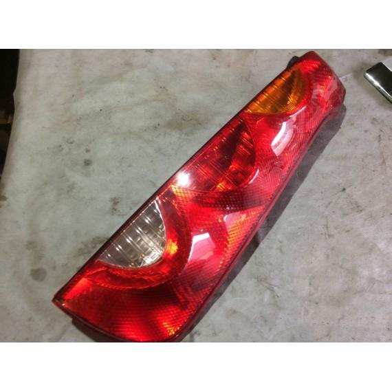 265509U000 Фонарь задний правый Nissan Note E11 купить в Интернет-магазине