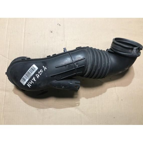 13717804846 Патрубок впускной воздуха БМВ купить в Интернет-магазине