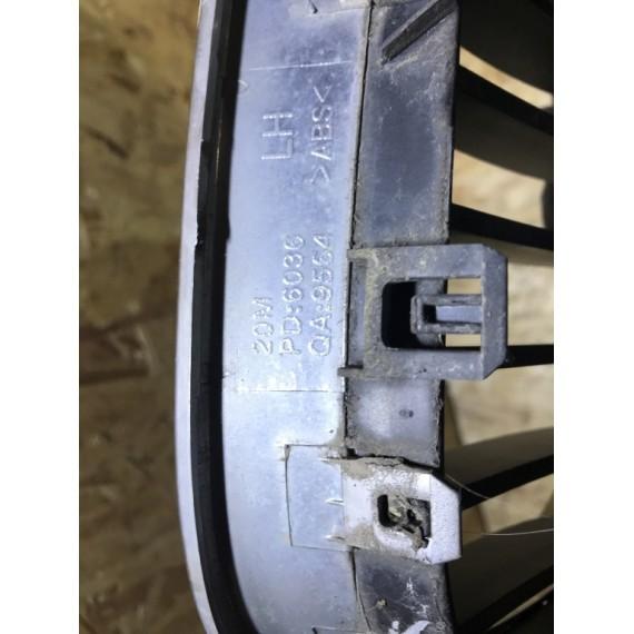 51137065702 Решетка радиатора правая Е60 купить в Интернет-магазине