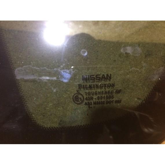 833019U100 Стекло кузова левое Nissan Note E11 купить в Интернет-магазине