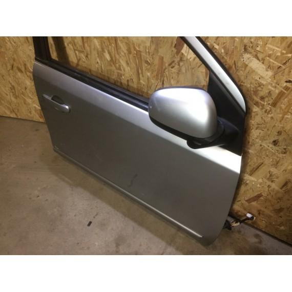 H01009U0M0 Дверь передняя правая Nissan Note E11 купить в Интернет-магазине