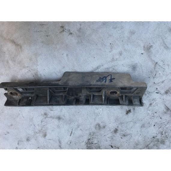51717066228 Кронштейн крепления порога R BMW E60 купить в Интернет-магазине