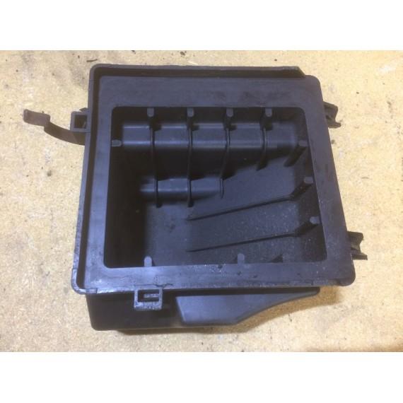 16528AX61A Нижняя часть фильтра Nissan Note E11 купить в Интернет-магазине