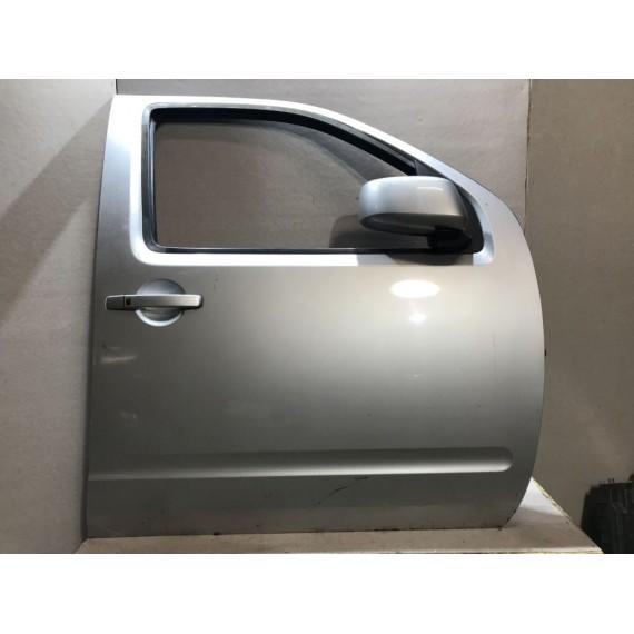 80100EB330 Дверь передняя правая Nissan Navara D40 купить в Интернет-магазине