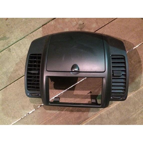 Купить Рамка магнитолы для Nissan Note (E11) 2006-2013 в Интернет-магазине
