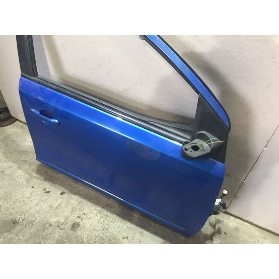 H01009U0M0 Дверь правая синяя Nissan Note E11 купить в Интернет-магазине
