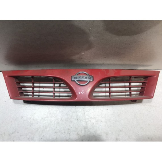 623100N000 Решетка радиатора Nissan Almera N15 купить в Интернет-магазине