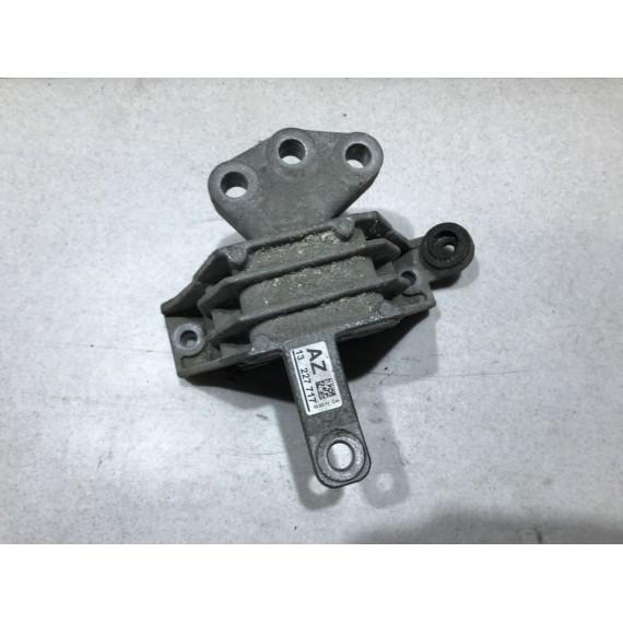 13227717 Опора двигателя правая Opel Insignia купить в Интернет-магазине