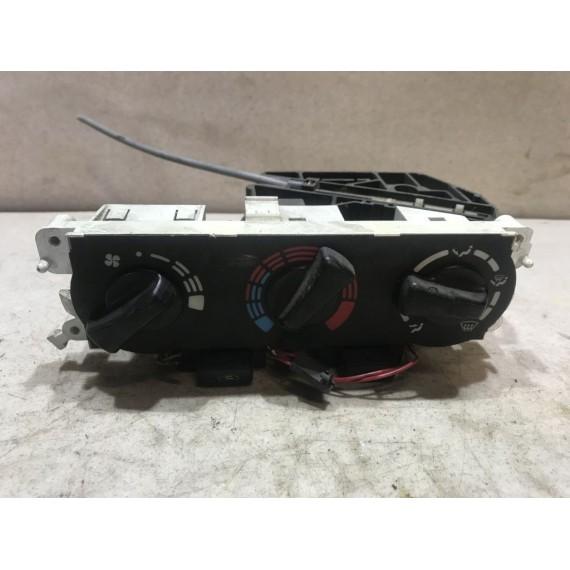 7040230732 Блок управления печкой Nissan P11 купить в Интернет-магазине