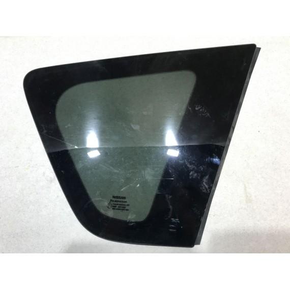 833009U000 Стекло глухое правое Nissan Note E11 купить в Интернет-магазине