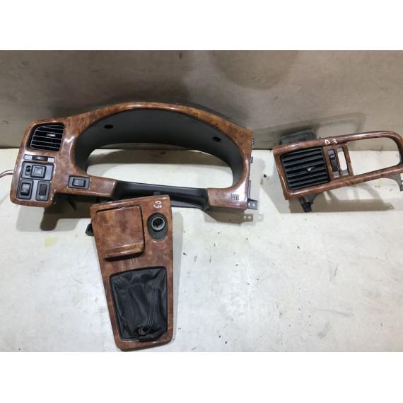Накладка панели приборов Nissan Primera P11 купить в Интернет-магазине
