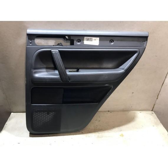7L6867212 Обшивка задней правой двери VW Touareg 1 купить в Интернет-магазине
