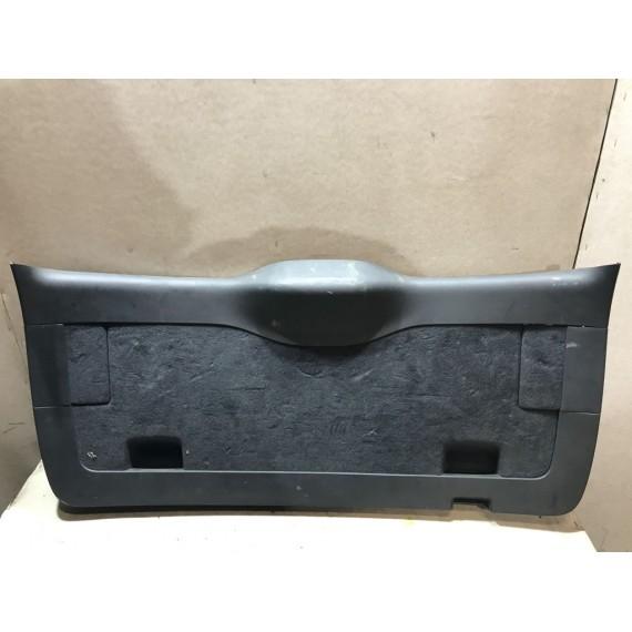 7L6867605 Обшивка двери багажника VW Touareg 1 купить в Интернет-магазине
