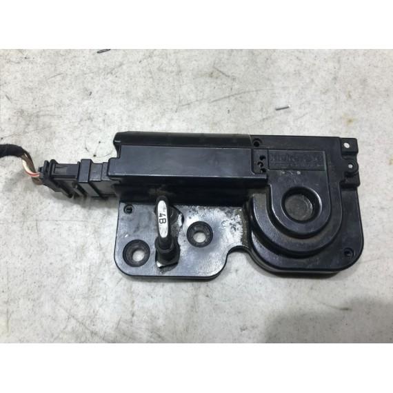 7L0827511 Доводчик багажника VW Touareg 1 купить в Интернет-магазине